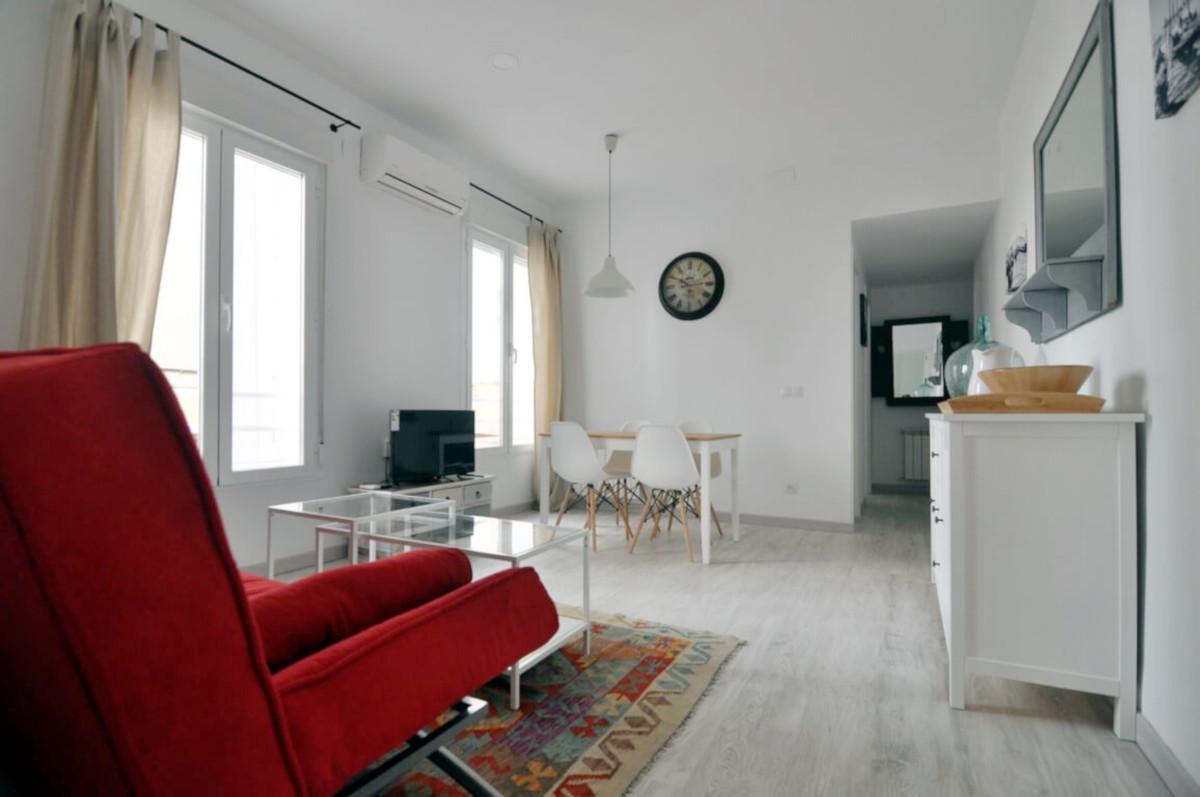 Reforma apartamento turístico minimalista